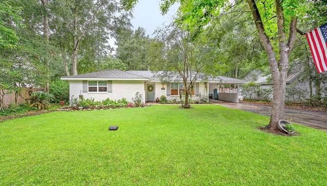 646 Oak Street, Mandeville, LA 70448 (MLS #2308389) :: United Properties