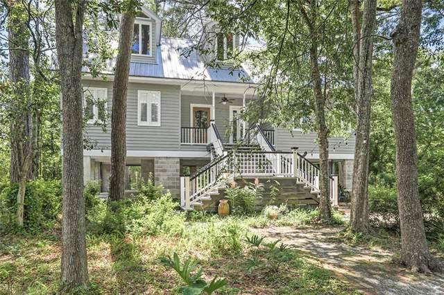 207 Magnolia Street, Mandeville, LA 70448 (MLS #2309792) :: Turner Real Estate Group