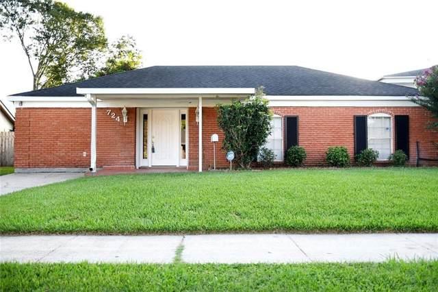 724 Fair Lawn Drive, Gretna, LA 70056 (MLS #2309820) :: United Properties