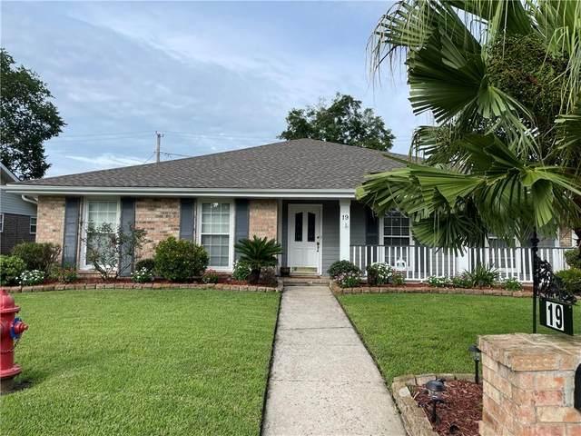 19 Edgewood Drive, Destrehan, LA 70047 (MLS #2309921) :: United Properties