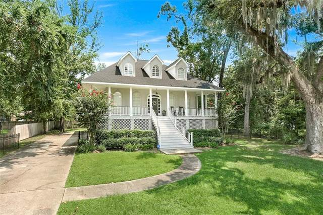 327 West Street, Mandeville, LA 70448 (MLS #2310174) :: United Properties