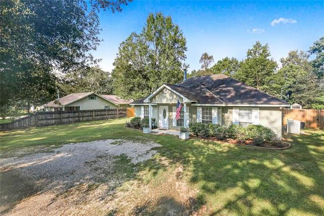 61 Oak Park Drive, Madisonville, LA 70447 (MLS #2310817) :: Nola Northshore Real Estate