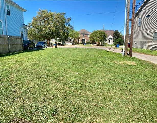 5921 Milne Boulevard, New Orleans, LA 70124 (MLS #2315322) :: Satsuma Realtors