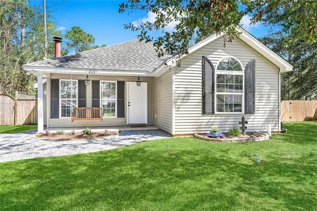 611 Nancy Street, Mandeville, LA 70448 (MLS #2316393) :: Keaty Real Estate