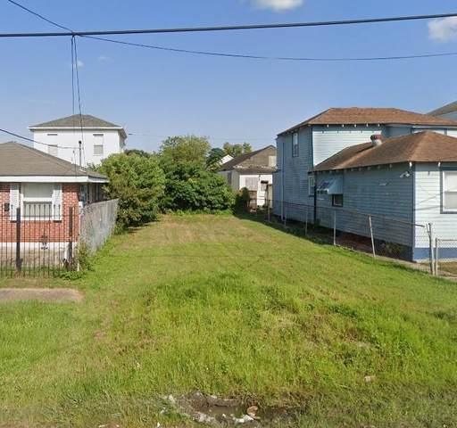2225 Foucher Street, New Orleans, LA 70115 (MLS #2280038) :: Crescent City Living LLC