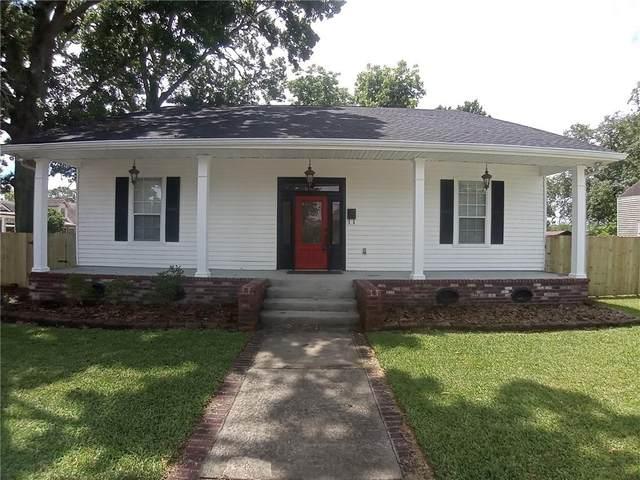 904 8TH Street, Gretna, LA 70053 (MLS #2300241) :: Crescent City Living LLC