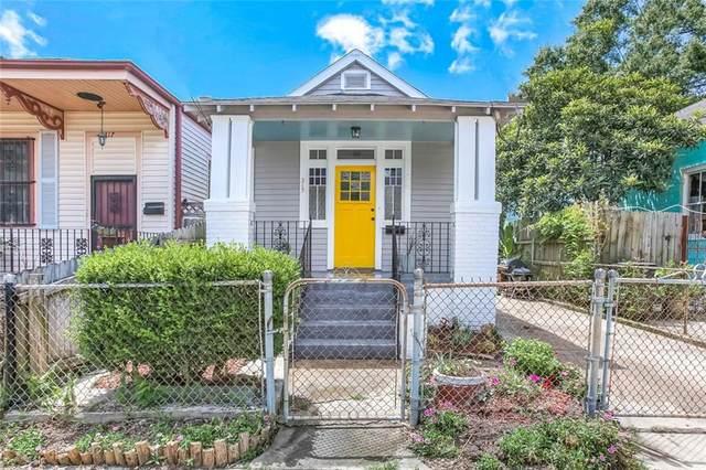 315 Adams Street, New Orleans, LA 70118 (MLS #2304342) :: Freret Realty