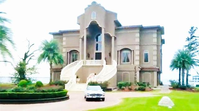 101 Mulberry Avenue, Mandeville, LA 70448 (MLS #2229040) :: Turner Real Estate Group