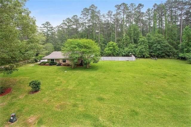 31305 River Pines Drive, Springfield, LA 70462 (MLS #2250196) :: Parkway Realty