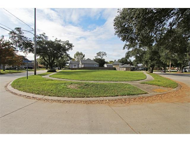 5000 Chamberlain Drive, New Orleans, LA 70122 (MLS #2037517) :: Watermark Realty LLC