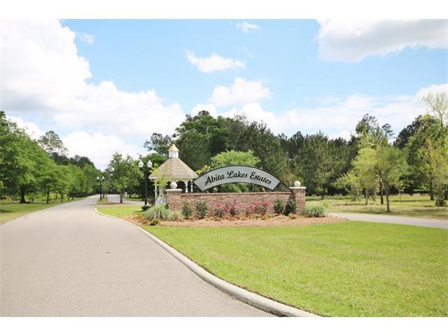 360 Long Lake Drive, Covington, LA 70435 (MLS #2054109) :: Turner Real Estate Group