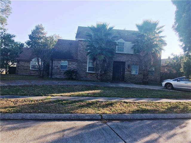 6900 Lake Barrington Drive St., New Orleans, LA 70128 (MLS #2087686) :: Crescent City Living LLC