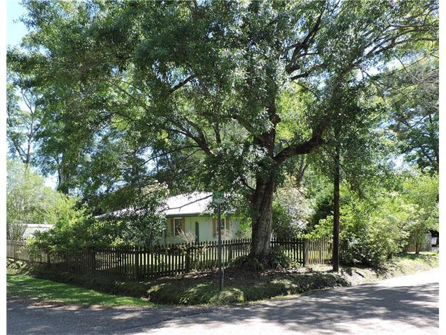 1004 S Madison Street, Covington, LA 70433 (MLS #2097445) :: Turner Real Estate Group
