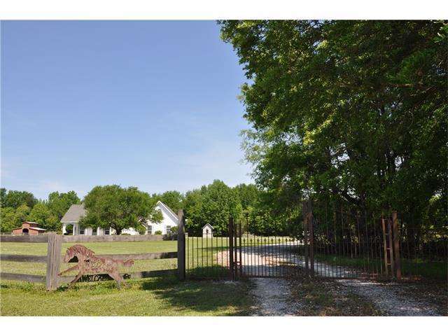 76541 Jay Normand Drive, Covington, LA 70435 (MLS #2100497) :: Turner Real Estate Group