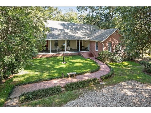 134 Magnolia Gardens Drive, Covington, LA 70435 (MLS #2102922) :: Turner Real Estate Group