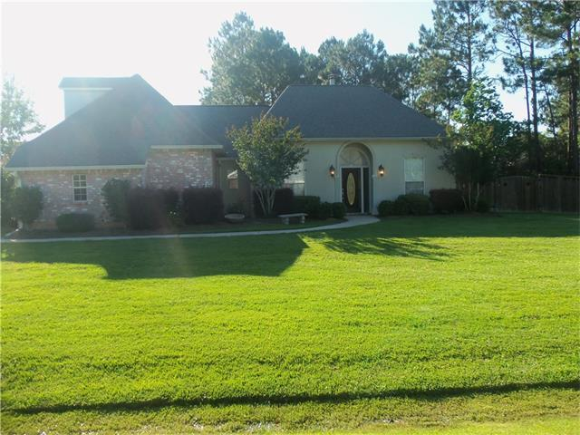 302 Turnwood Drive, Covington, LA 70433 (MLS #2103257) :: Turner Real Estate Group