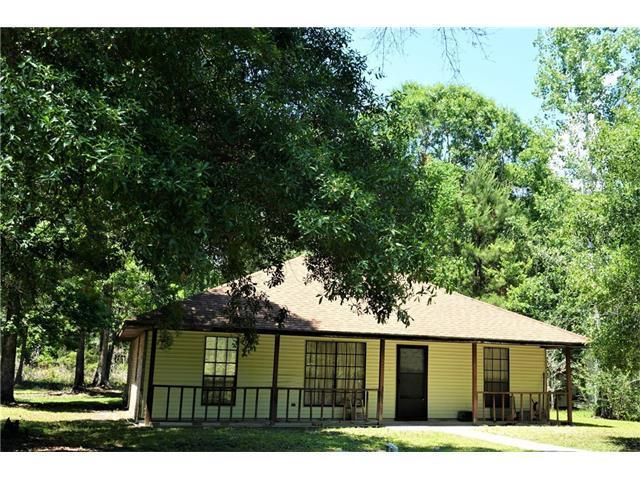 408 Lee Drive, Slidell, LA 70460 (MLS #2104303) :: Parkway Realty