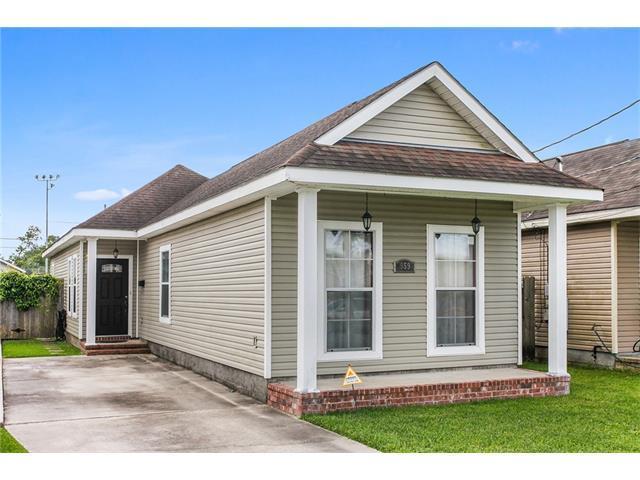 959 Avenue B Avenue, Westwego, LA 70094 (MLS #2106100) :: Crescent City Living LLC