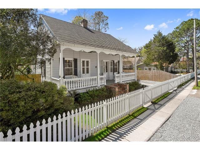 302 St John Street, Madisonville, LA 70447 (MLS #2106189) :: Turner Real Estate Group