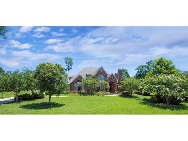 713 Plantation Drive, Abita Springs, LA 70420 (MLS #2107103) :: Turner Real Estate Group