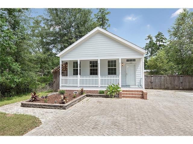 1505 Clover Street, Mandeville, LA 70448 (MLS #2107150) :: Turner Real Estate Group