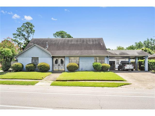 2100 Holiday Drive, New Orleans, LA 70114 (MLS #2109983) :: Crescent City Living LLC