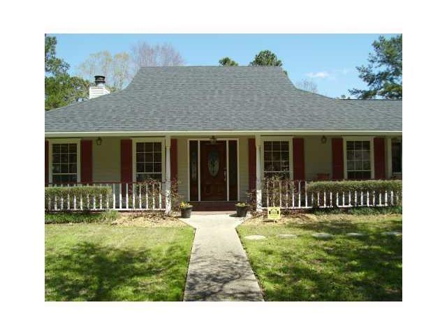 38 Woodvine Court, Covington, LA 70433 (MLS #2110965) :: Turner Real Estate Group