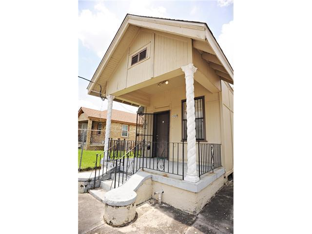 1729 Piety Street, New Orleans, LA 70117 (MLS #2111035) :: Turner Real Estate Group