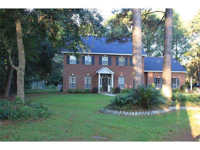 3 Hunt Circle, Mandeville, LA 70471 (MLS #2111135) :: Turner Real Estate Group