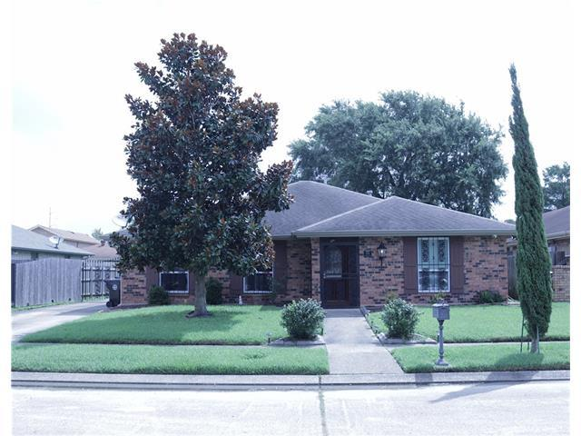 7461 Finchley Street, New Orleans, LA 70128 (MLS #2111714) :: Crescent City Living LLC
