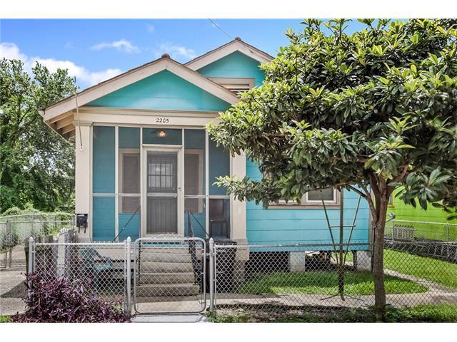 2205 Arts Street, New Orleans, LA 70117 (MLS #2111752) :: Crescent City Living LLC