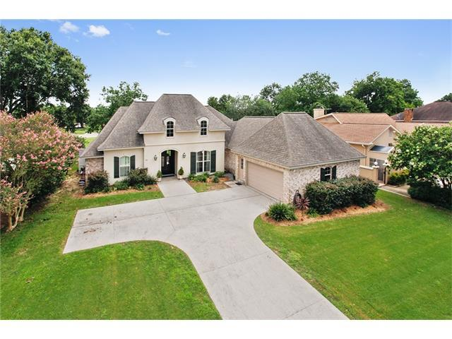 53 Chateau Latour Drive, Kenner, LA 70065 (MLS #2111773) :: The Robin Group of Keller Williams