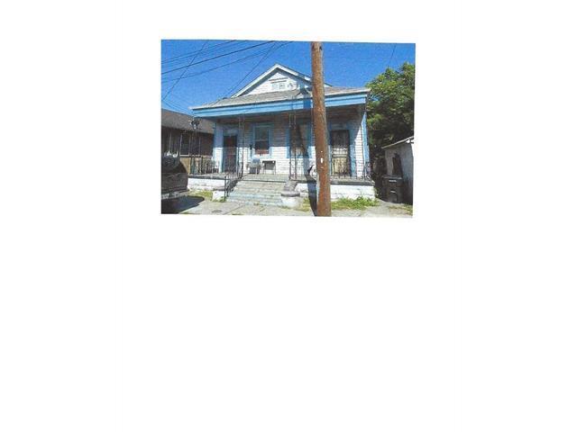 1226 Independence Street, New Orleans, LA 70117 (MLS #2111781) :: Crescent City Living LLC