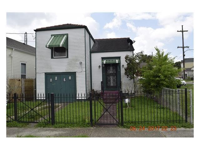 3436 S Robertson Street, New Orleans, LA 70115 (MLS #2111783) :: Crescent City Living LLC