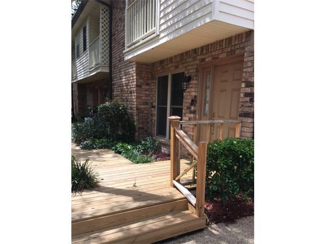 1012 St Julien Drive D1, Kenner, LA 70065 (MLS #2111787) :: Crescent City Living LLC