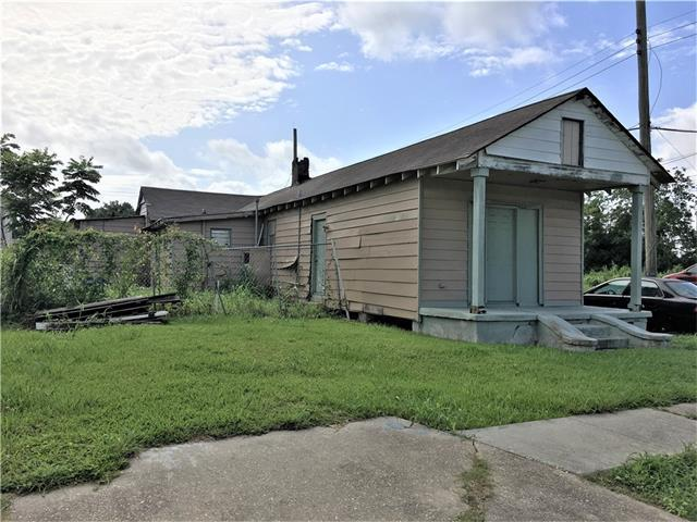 4301 Reynes Street, New Orleans, LA 70126 (MLS #2111854) :: Crescent City Living LLC