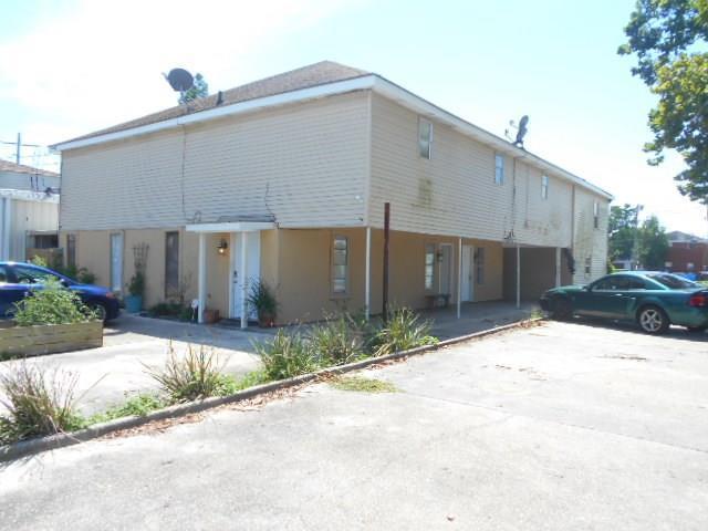 3620 Rose Avenue, Chalmette, LA 70043 (MLS #2111983) :: The Robin Group of Keller Williams
