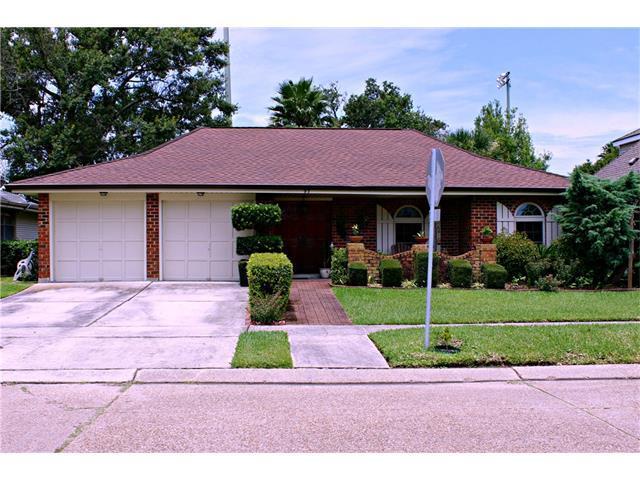 93 Lisa Avenue, Kenner, LA 70065 (MLS #2112039) :: Turner Real Estate Group