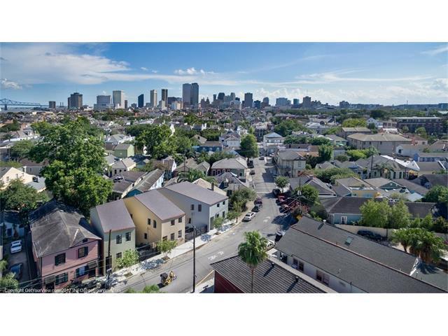 1818 Burgundy Street #1818, New Orleans, LA 70116 (MLS #2112114) :: The Robin Group of Keller Williams