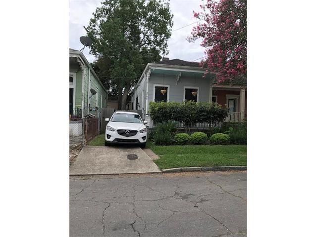 3708 Constance Street, New Orleans, LA 70115 (MLS #2112124) :: The Robin Group of Keller Williams