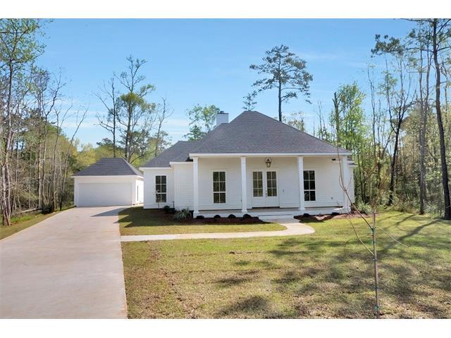 1345 Natchez Loop, Covington, LA 70433 (MLS #2112156) :: Turner Real Estate Group
