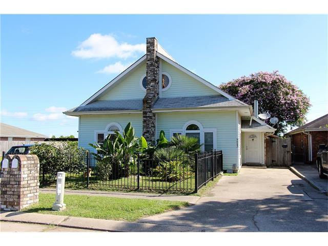 9023 Amour Drive, Chalmette, LA 70043 (MLS #2112960) :: Turner Real Estate Group