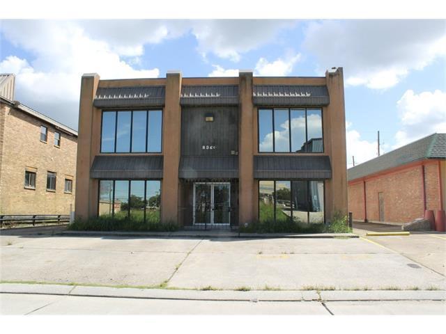 8320 Lafitte Court, Chalmette, LA 70043 (MLS #2115164) :: The Robin Group of Keller Williams