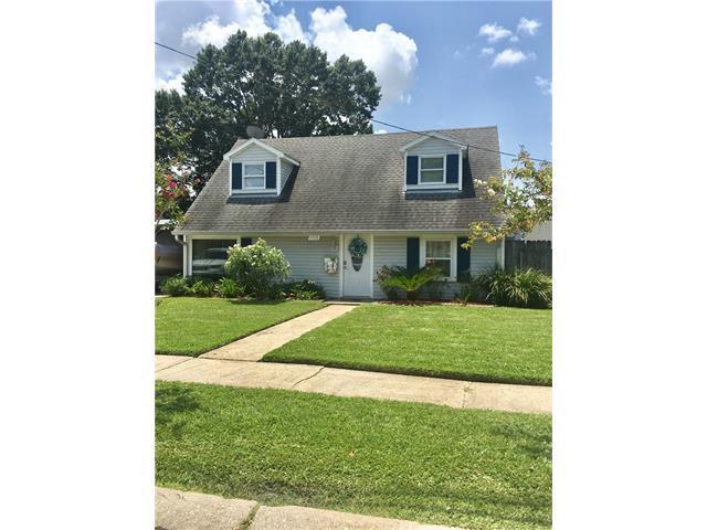 1506 Thomas Street, Gretna, LA 70053 (MLS #2116290) :: Crescent City Living LLC