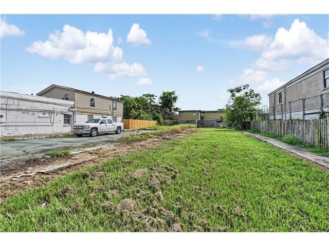 2619 Washington Avenue, New Orleans, LA 70113 (MLS #2119644) :: Crescent City Living LLC