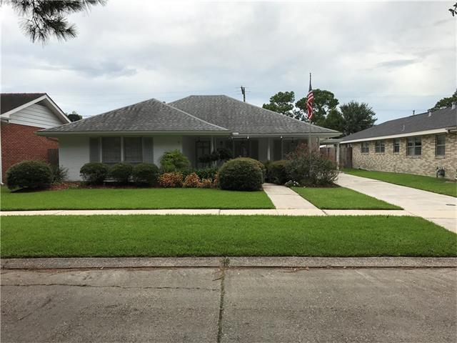 174 Willow Drive, Gretna, LA 70053 (MLS #2119898) :: Crescent City Living LLC