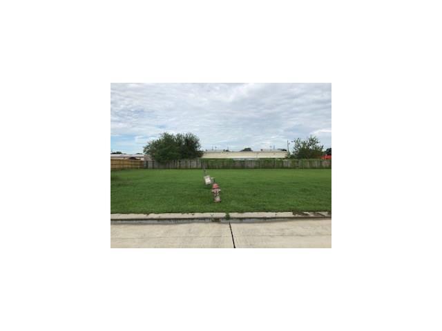 West Village Court, Gretna, LA 70053 (MLS #2120178) :: Turner Real Estate Group