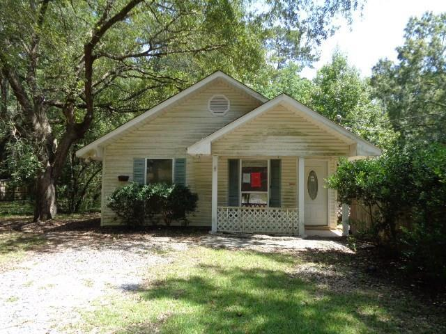 2121 Dupre Street, Mandeville, LA 70448 (MLS #2120828) :: Turner Real Estate Group