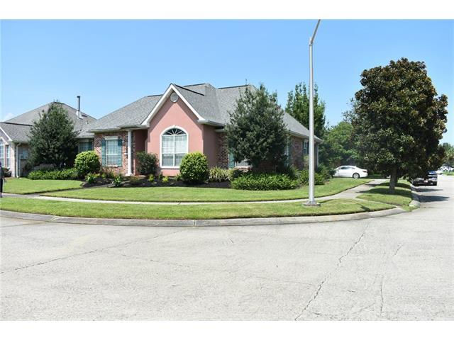 240 Moss Bayou Lane, Kenner, LA 70065 (MLS #2121977) :: Turner Real Estate Group