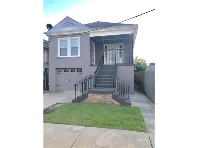 8724 Palm Street, New Orleans, LA 70118 (MLS #2122153) :: Turner Real Estate Group